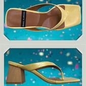 Encore un joli nu-pied pour finir l'été par Angel Alarcon : le jaune va sublimer votre bronzage. A user sans modération 😁🌞😁😍 #Fashion #summer21 #jaune #modeaddict @angelalarcon_shoes www.balka.fr