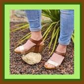 Un modèle de Plakton, ce week-end ? Plates ou compensées, en liège naturel, les semelles sont technologiques, confortables et durables ☘️🌼🌈💚 #summer2021 #colors #womenshoes @plaktonofficial www.balka.fr